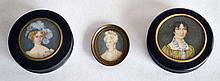 Lot de deux BOITES en carton bouilli, les couvercles ornés de miniatures, portra