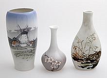 ROYAL COPENHAGEN u.a. drei Vasen, 20.Jh.,