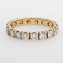 Memoire Ring mit 18 Diam.-Brill. zus. ca. 2,365ct., TW/ IF (Lupenrein) ein Stein beschädigt.