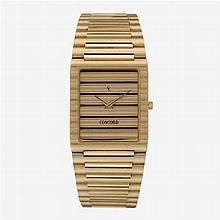 A gent's eighteen karat gold bracelet watch, Concord,