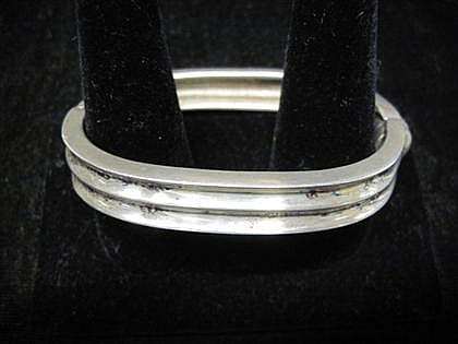 Mexican silver bracelet, , Ribbed texture.