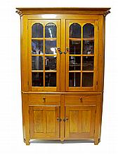 Federal cherrywood corner cupboard, early 19th century,