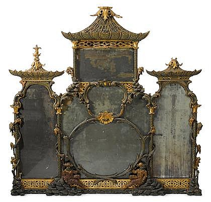 George III Chippendale style green and red painted parcel gilt carved overmantel mirror, circa 1760, In the Chinese taste, of shaped tr