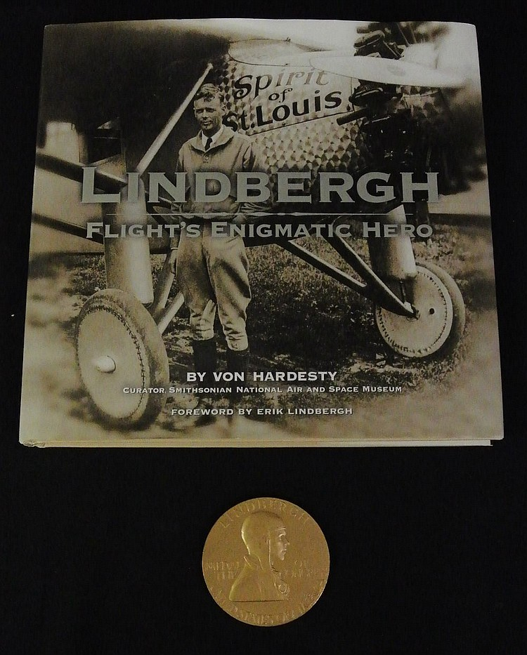1928 Lindbergh Medal of Congress w/Book