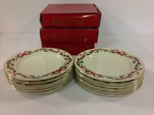 Selection Of 12 Royal Worcester Holly Holiday
