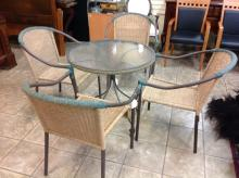 Outdoor Glass Top Table With 4 Chairs