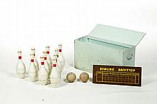 CASED BOWLING SET.