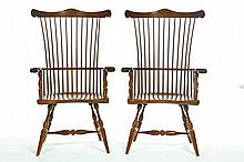 PAIR OF FANBACK WINDSOR ARM CHAIRS.