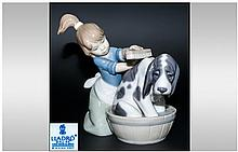 Lladro Figure ' Bashful Bather ' Model No.5455. Issued 1988, Height 5 Inches. Excellent Condition.
