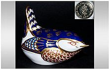 Royal Crown Derby Paperweight ' Small Bird ' Wren Gold Stopper. Date 1990's. 1st Quality and Mint Condition, Boxed.