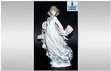 Lladro Figure 'Spring Splendor' Model 5898, issued 1992. Excellent condition. 11.75'' in height