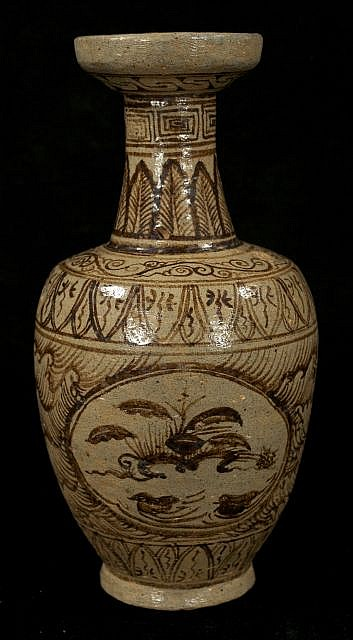 A Chinese Cizhou Style Pottery Vase.