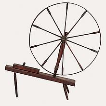 An American Vintage Stained Oak Spinning Wheel, 19th/20th Century.