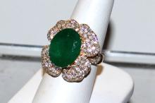 14kyg Emerald & Diamond Ring 8ct
