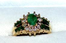 14kyg Emerald & Diamond Ring
