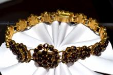 Vintage 10kyg Garnet Bracelet