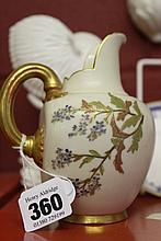 20th cent. Ceramics: Royal Worcester, white