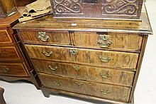 Early 18th cent. Walnut chest of 2 over 3 drawers