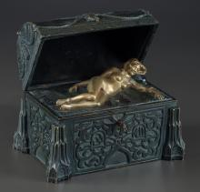 AN AUSTRIAN EROTIC COLD-PAINTED BRONZE HINGE TOP CHEST,