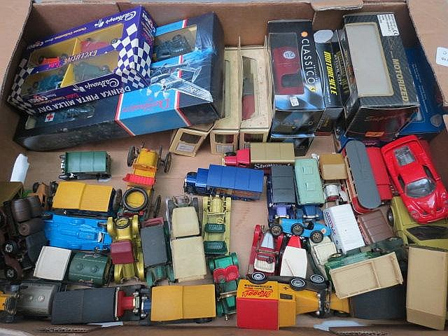 A quantity of model cars, military and commercial