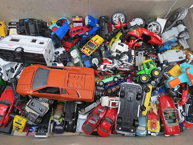A mixed collection of Matchbox and other model