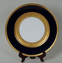 Set of 7 Gilt Decorated Bavarian Plates Set of seven Hutschenreuther Selb Royal Bavarian cobalt and gilt 10 1/2