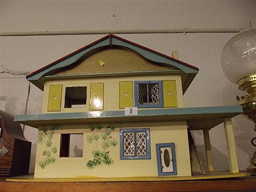 YELLOW PAINTED DOLLS HOUSE