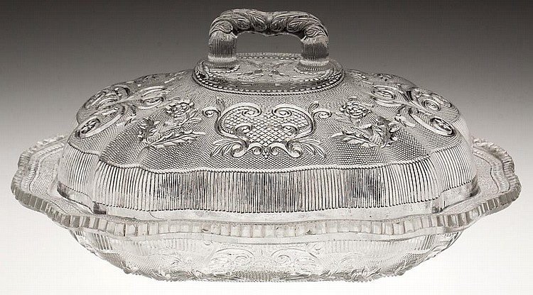 PRESSED LACY PRINCESS FEATHER MEDALLION AND BASKET OF FLOWERS OBLONG COVERED DISH