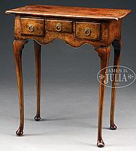 ENGLISH QUEEN ANNE DRESSING TABLE.