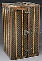 FINE LOUIS VUITTON WARDROBE STEAMER TRUNK.