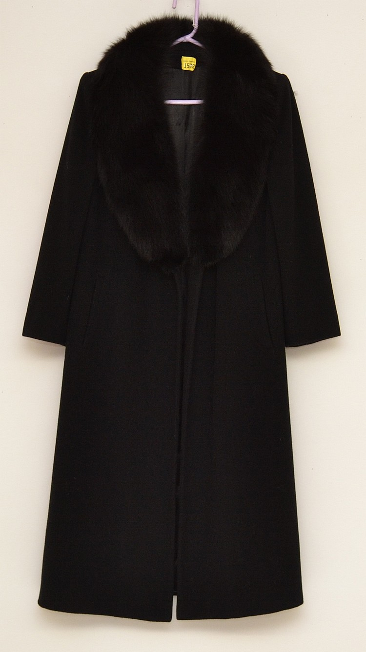 SAKS FIFTH AVENUE REGENCY CASHMERE COAT