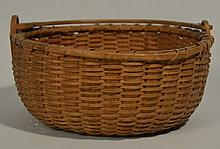 19TH CENT. N.E. WOVEN SPLINT BASKET WITH BAIL HANDLE