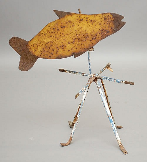 EARLY 20TH CENT. PAINTED SHEET METAL FISH WEATHERVANE