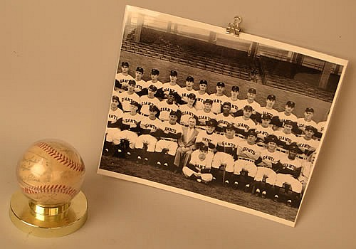1954 NEW YORK GIANTS TEAM SIGNED BASEBALL