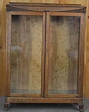 EARLY 20TH CENT. CARVED OAK AND GLAZED 2-DOOR BOOK CABINET