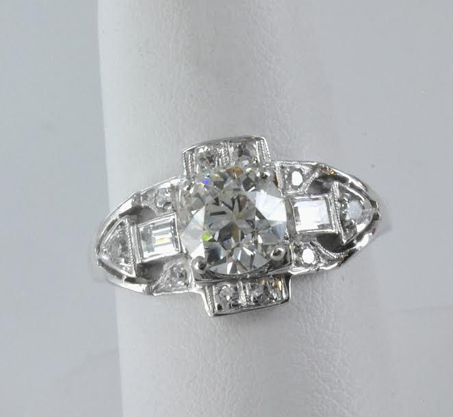 Stunning Art Deco Platinum & Diamond Ring