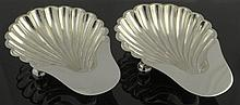 Mappin and Webb Sheffield Silver Plate Shell Dishes. Each With Ball Feet. Signed Mappin & Webb, Princess Plate, Rd.71552, Sheffield, London, W5874. Good Condition. Each Measures 1-1/8 Inches Tall, 6-1/8 Inches Length. Shipping $38.00