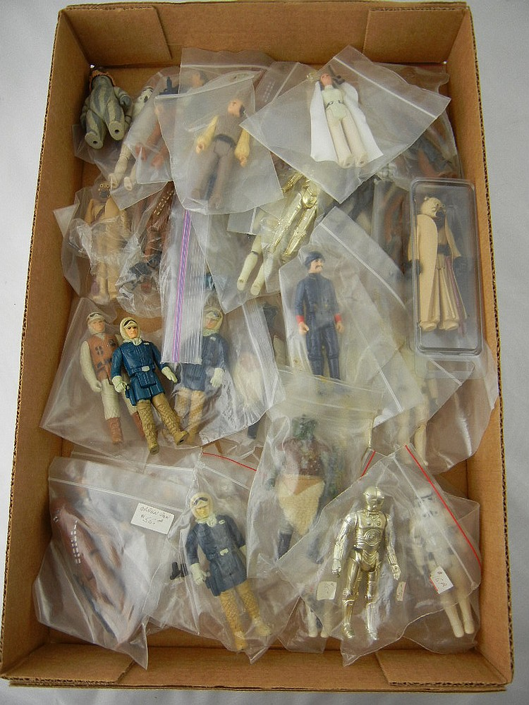 Lot of 35 Vintage Star Wars Action Figures