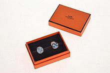 A PAIR OF CUFFLINKS BY HERMES