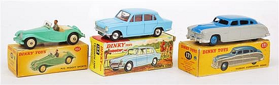 DINKY 102 MG MIDGET SPORTS CAR