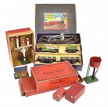 COLLECTION OF HORNBY ROLLING STOCK AND ACCESSORIES INCLUDING M1 GOODS SET;