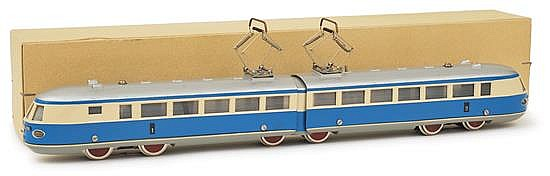 MARKLIN (GERMANY) HO GAUGE TW 800 NB ELECTRIC LOCOMOTIVE, CIRCA 1949, IVORY AND BLUE, 4-4-4, '1' AND '2' DECALS TO SIDES (E BOX VG)