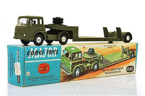 CORGI 1135 HEAVY EQUIPMENT TRANSPORTER WITH INTERNAL PACKAGING (M BOX E-M)