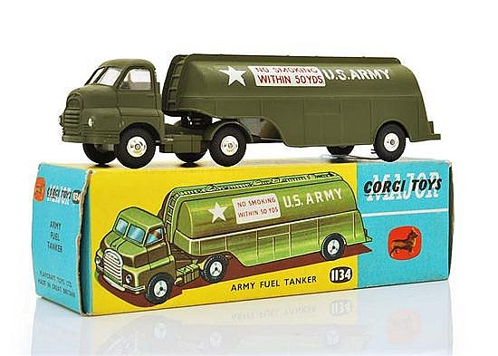 CORGI 1134 ARMY FUEL TANKER WITH INTERNAL PACKAGING (M BOX E-M)