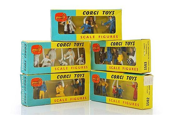 FIVE CORGI SCALE FIGURE PACKS INCLUDING 1501; 1502; 1503; 1504; AND 1505 (M BOXES G-M) (5)