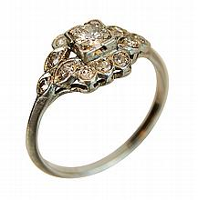 Vintage Platinum & Diamond Ring