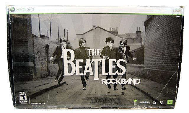 XBox 360 The Beatles Rock Band Set