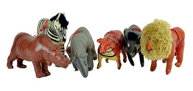 Lot of Leather (?) painted animals.