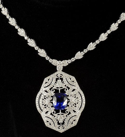 7.05 ct Tanzanite & 5.01 ct Diamond Necklace in 18K White Gold