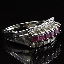 Vintage Diamond & Ruby Ring in White Gold
